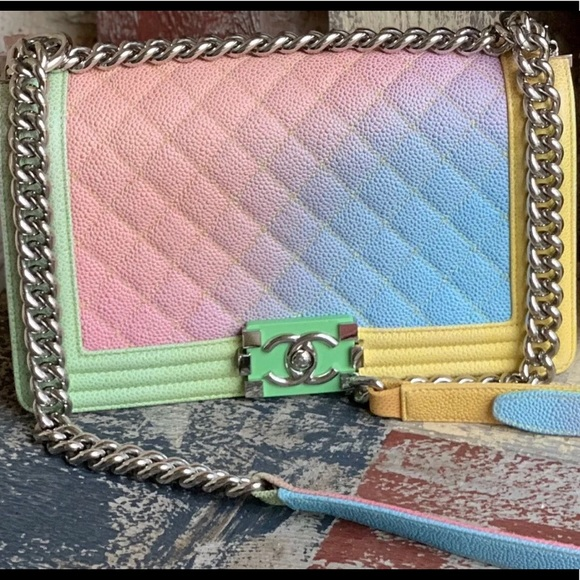CHANEL Handbags - Chanel Le Boy Bag